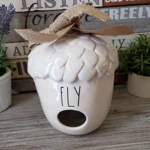 NEW Rae Dunn Acorn FLY Birdhouse